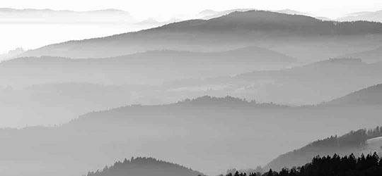 Kaskade Huegel Nebel