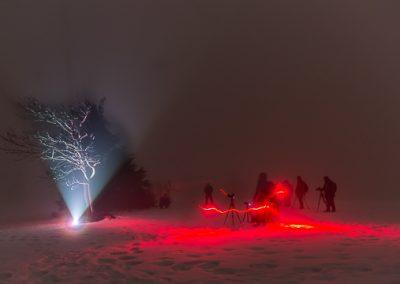 lightpainting baum winter rot