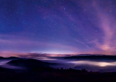 sterne nebelmeer blau